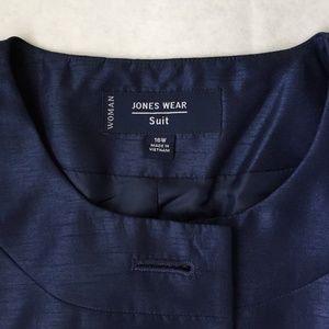 16W Jones Wear Suit - Plus size